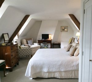 gold-court-house-bed-and-breakfast-accommodation-dorset-wareham-room_orig