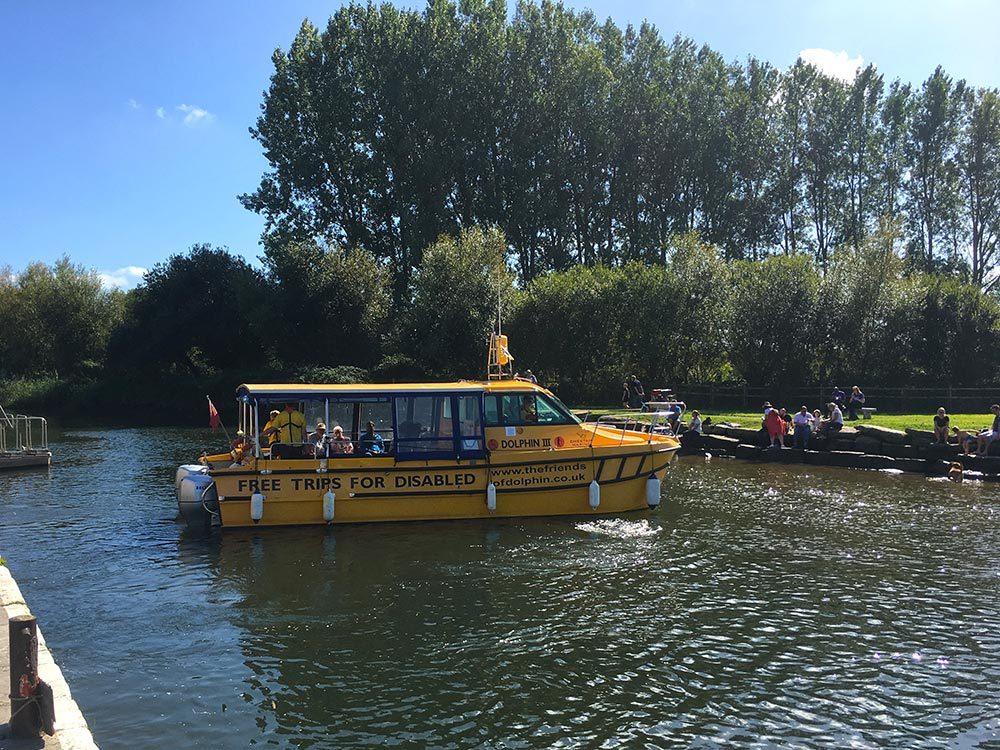 Dolphin-boat-nr-Quay