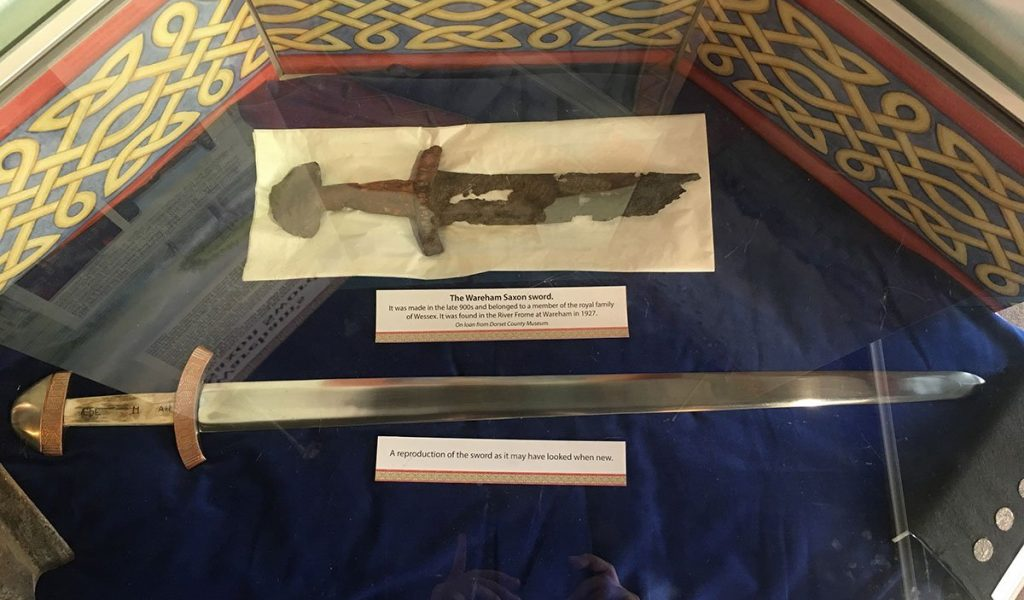 Wareham-Saxon-sword2